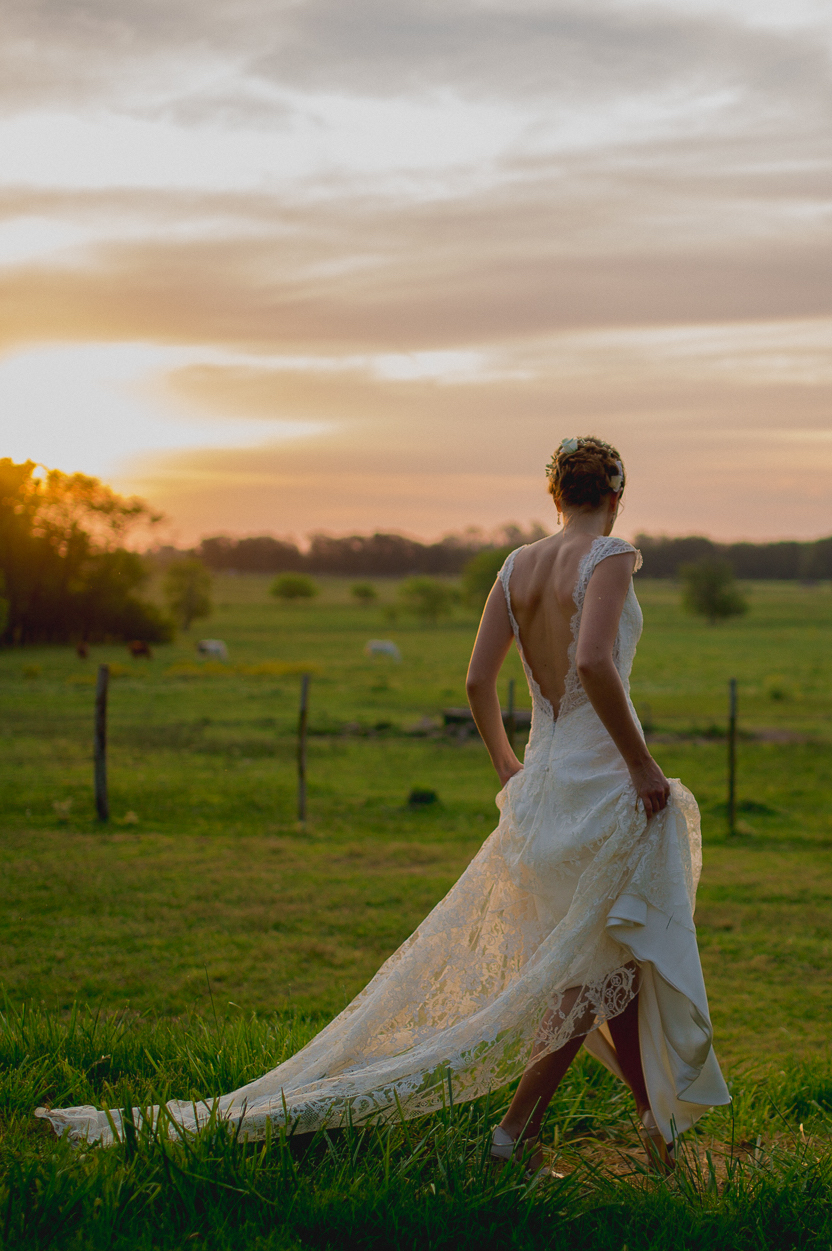 FLORENCIA'S OPEN BACK WEDDING DRESS