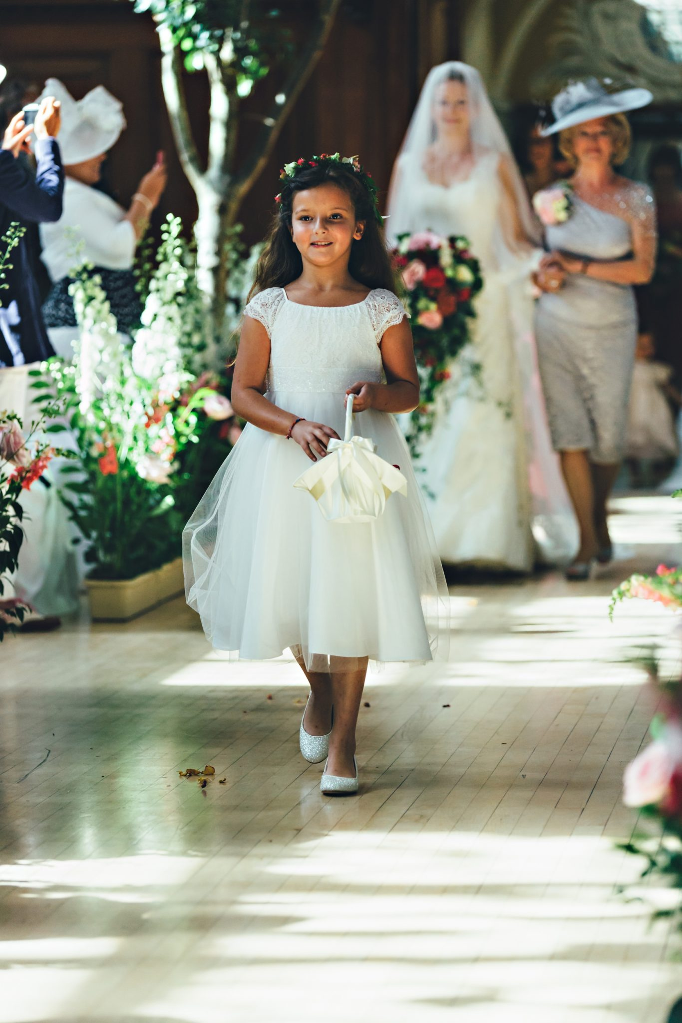 Phillipa Lepley Wedding dress flowers
