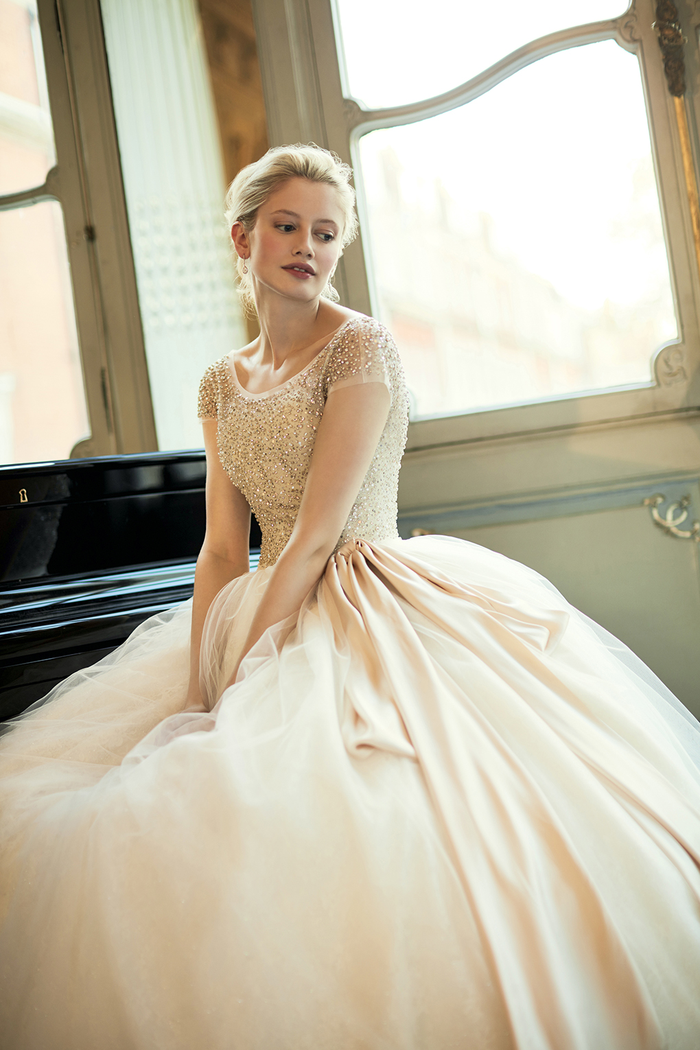 Phillipa Lepley Ballgown wedding dress with Sparkly top and pink bow