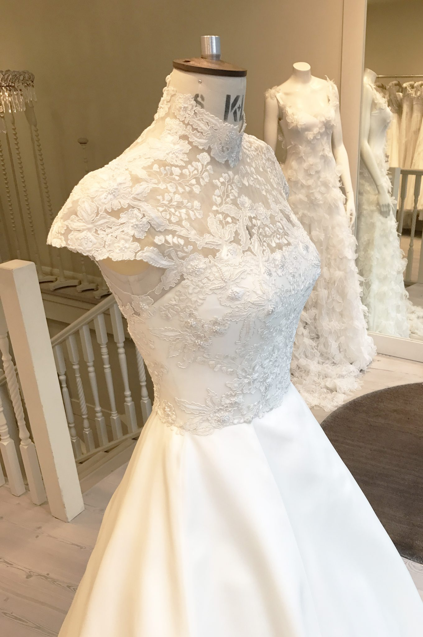 A HIGH NECK EMBROIDERED WEDDING DRESS
