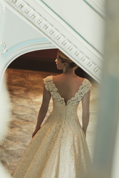Phillipa-Lepley-Designer-Wedding-Gown-London-Couture-Statement-Back