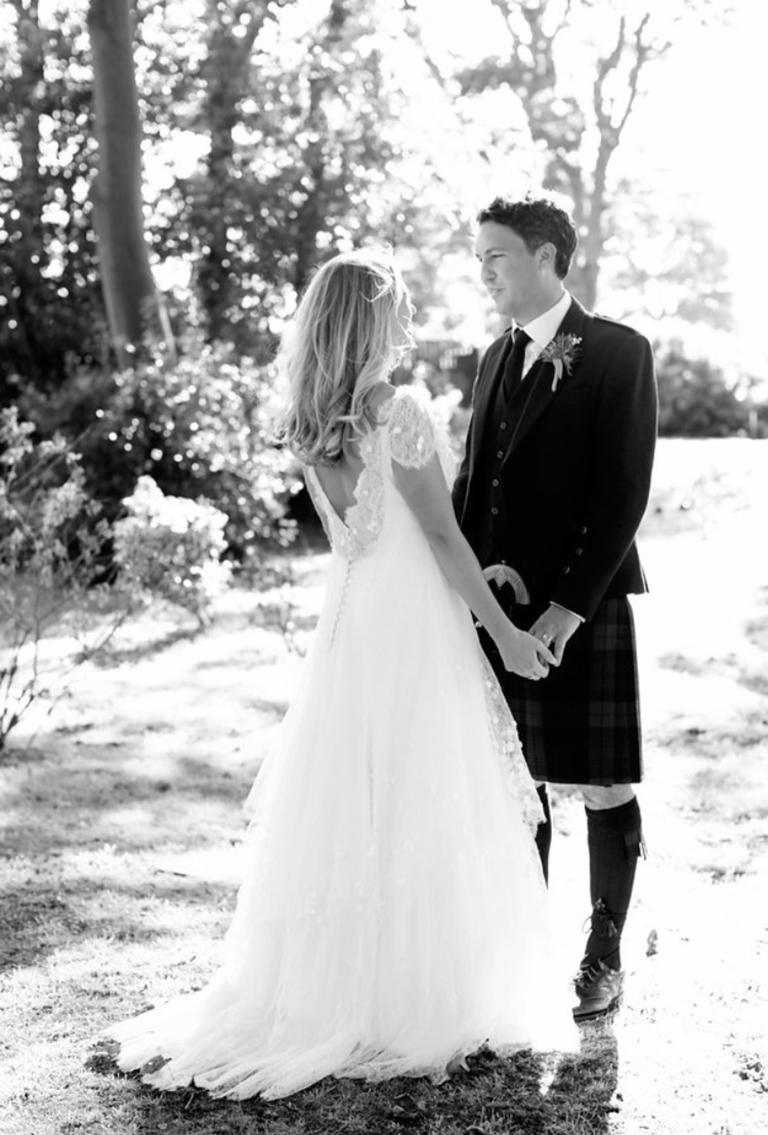 Phillipa-Lepley-Lace-Wedding-Dress-Bespoke-London-Wedding-Dress-Designer b
