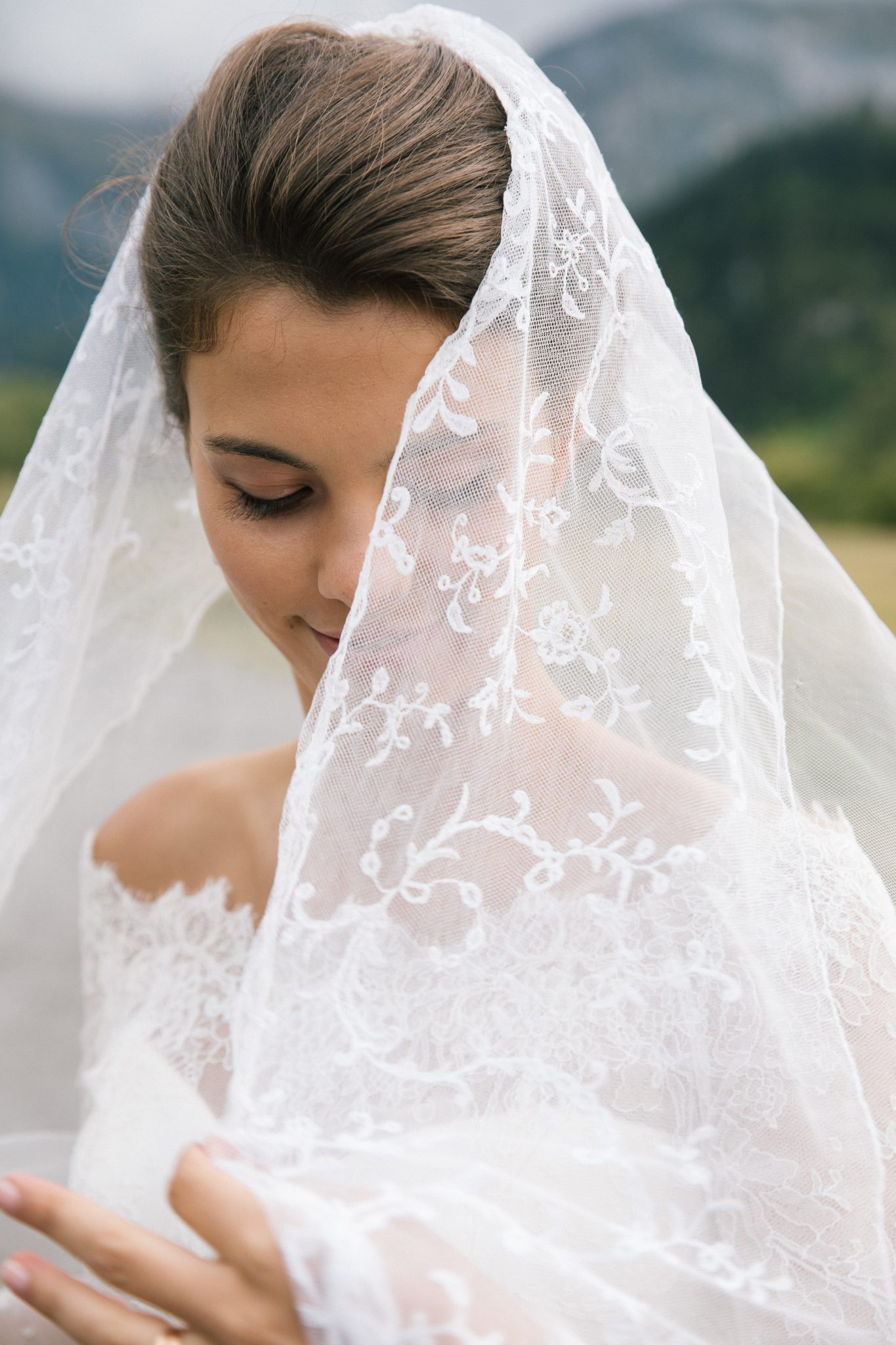 CHARLOTTE'S TRADITIONAL WEDDING IN SWITZERLAND