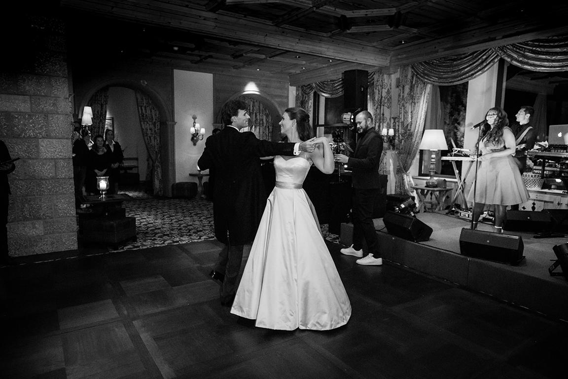 Phillipa-Lepley-Satin-Strapless-Couture-Wedding-Dress-London