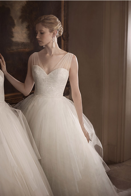 COUTURE WEDDING DRESS – TULLE SURPRISE