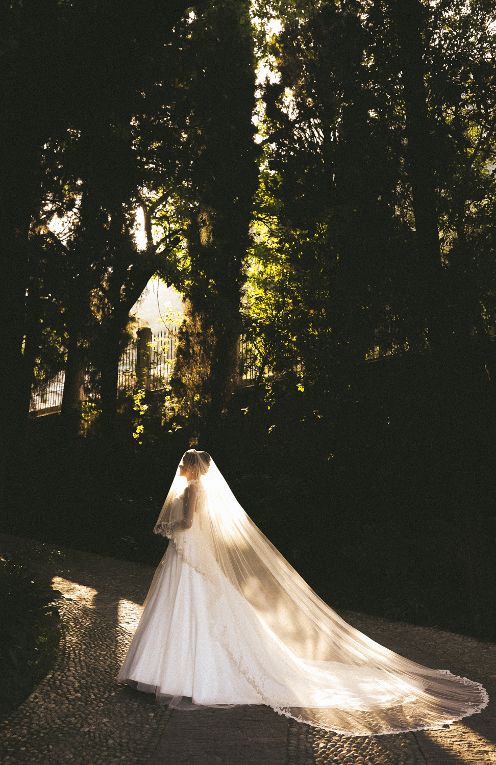 AN ITALIAN DREAM - ROSIE LONDONER'S LAKE GARDA WEDDING ...