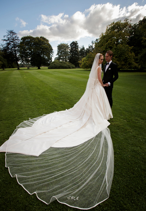 CREATING A COUTURE MONOGRAMMED VEIL