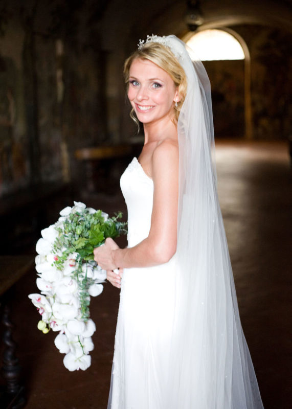 Phillipa Lepley Couture Wedding Dress, Candice Roundell Dorfold Hall