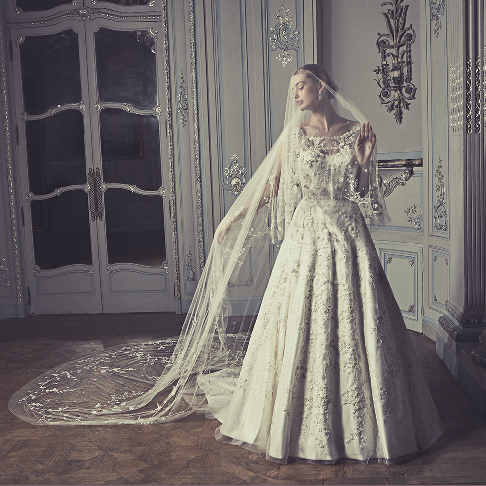 Phillipa-Lepley-Couture-Wedding-Dress-London-UK-Designer-Bespoke-Couture-Marielle-Magnolia-Peonies-Soft-Neckline-Hand-Embroidered-Tulle-Floral-Wedding-Gown-Long-Train-Corset-Colour-Square-Full-Veil