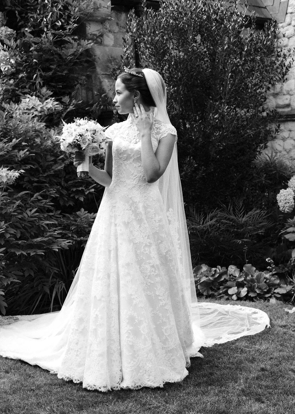 Serena Guen Phillipa Lepley Real Bride Couture wedding dress